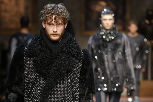 dolce-and-gabbana-fw-2014-2015-men-fashion-show-banner-runway