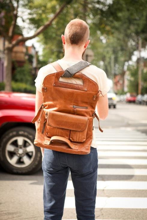 messenger-bag-montreal-street-style-1